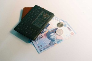 f-cash-gap