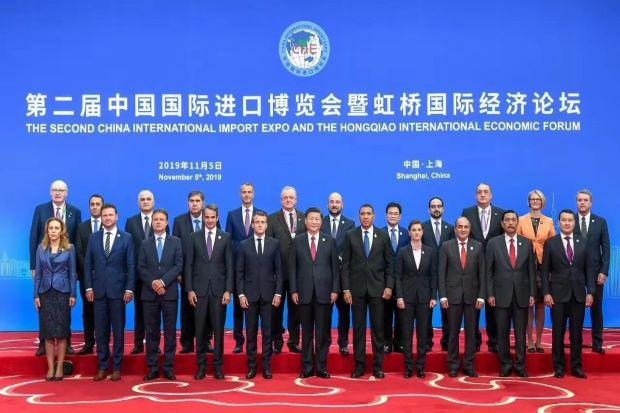 baja-ri-kena-bea-masuk-luhut-sampaikan-keberatan-ke-presiden-china-CdC